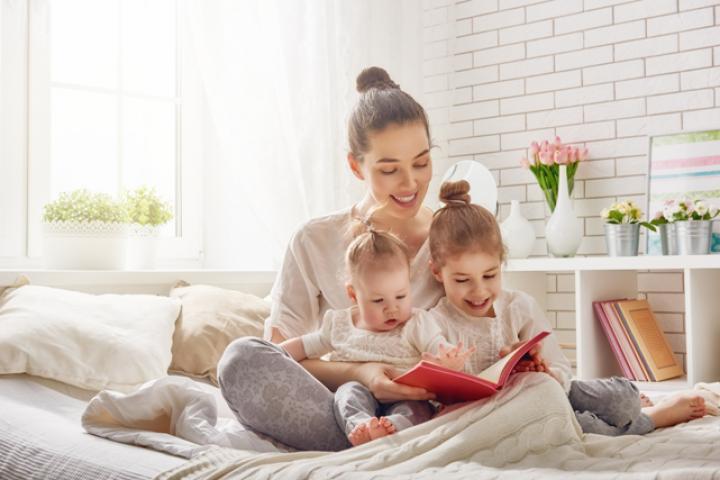 Bewezen: de gemiddelde moeder werkt twéé fulltimebanen