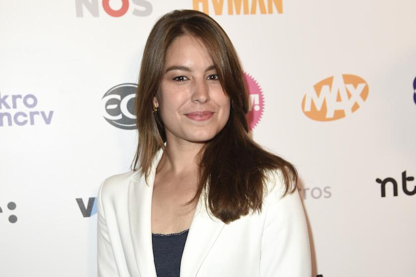 Nare beelden: nieuwslezeres Amber Brantsen (30) plotseling onwel tijdens NOS-journaal