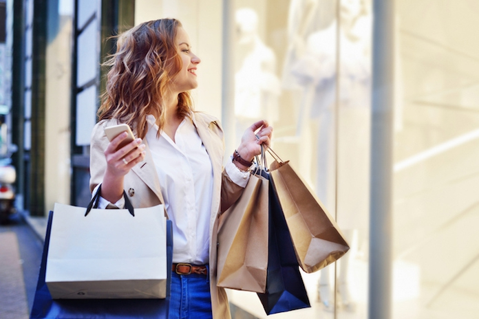 Gat in je hand? 3 simpele tips om geld te besparen op kleding