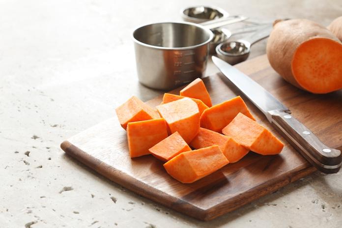 Zoete aardappel op tafel zetten? Dit is de gezondste manier om 'm te bereiden