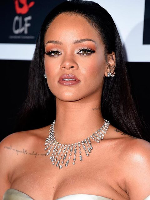 480x640-k-com-gallery-29916-rihanna-eyebrow-brow-google-trend-searches-brow-game-strong-getty-gallery-08-jpg