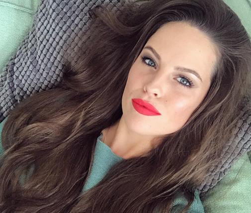 Zien: natural beauty Robin Martens deelt make-uploze selfie!