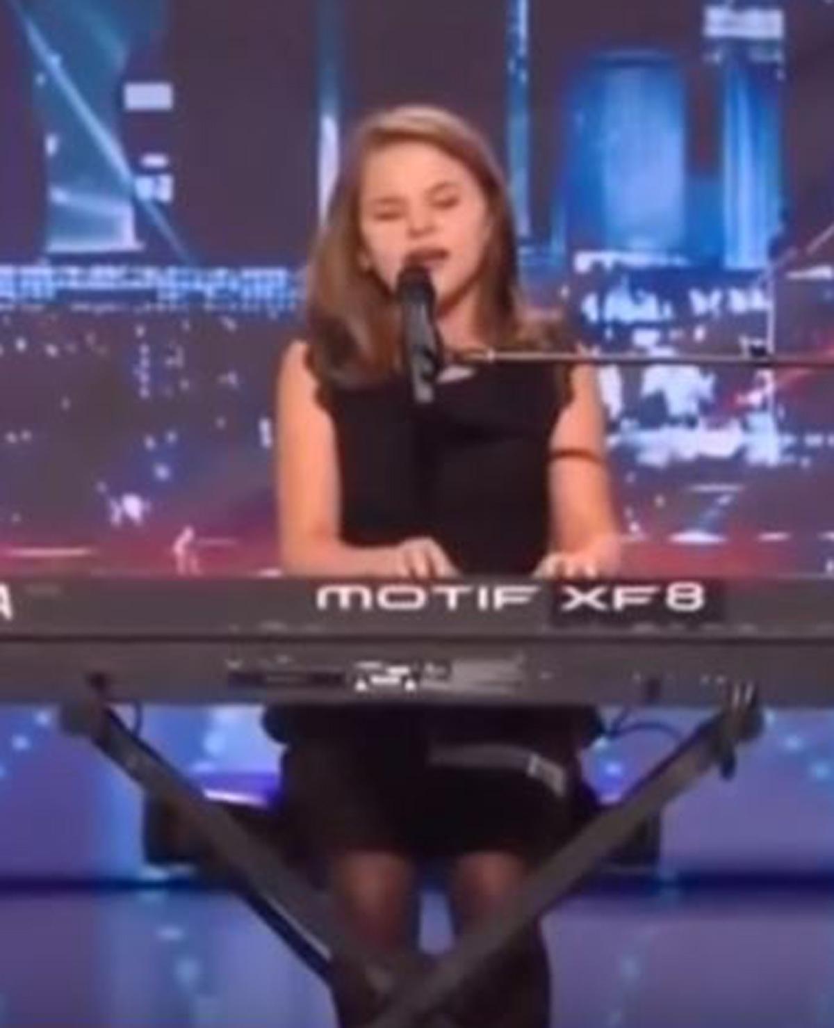 Jong meisje blaast jury omver met haar stem