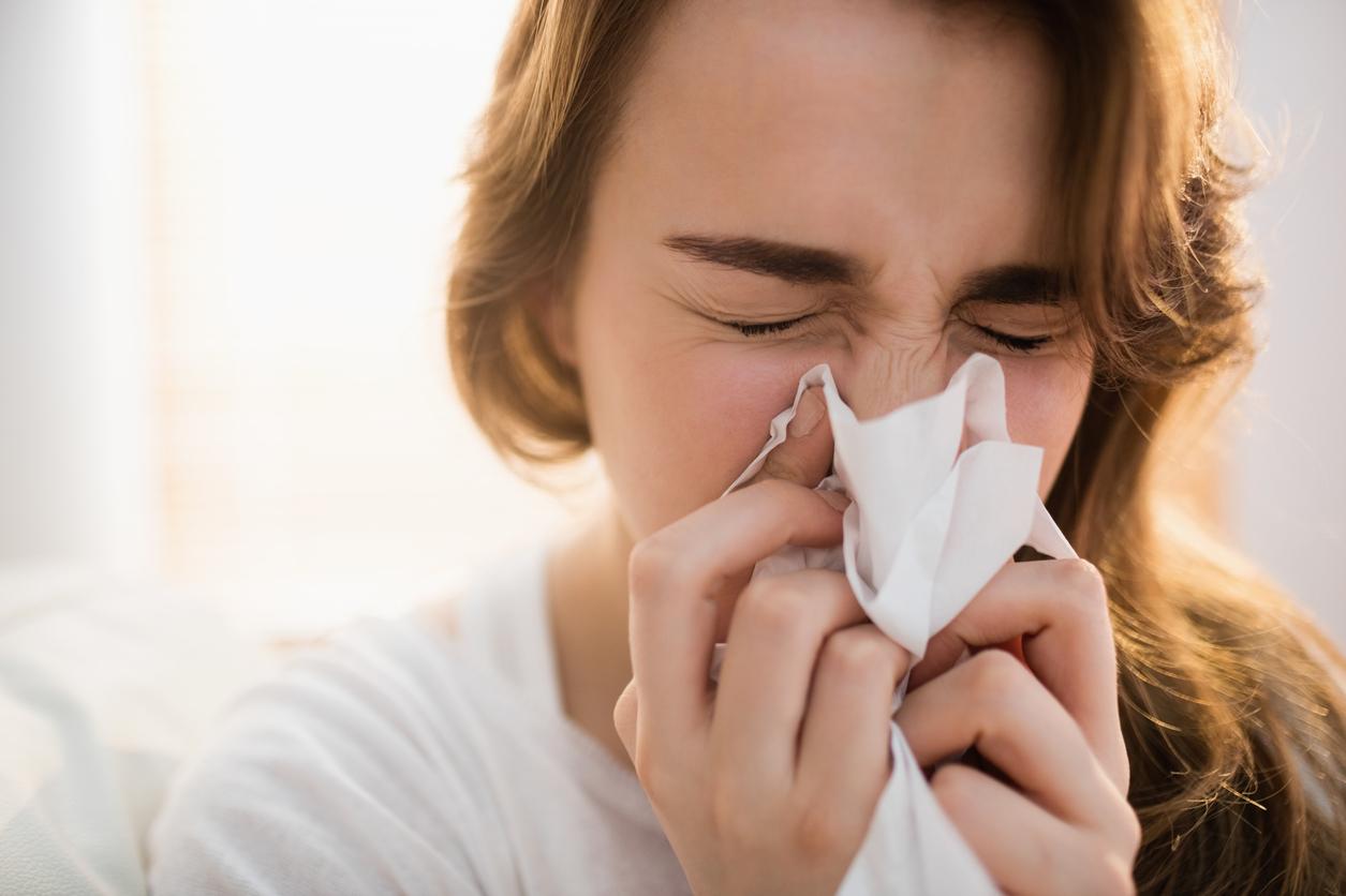 Dit vertelt de kleur van je snot over je gezondheid
