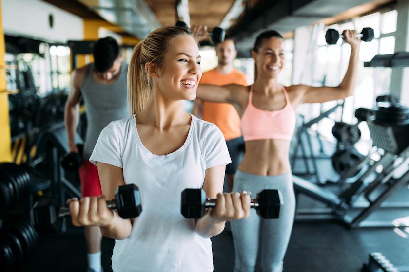 5 tips om fit de werkweek door te komen (+ WIN 2x een membership bij David Lloyd!)