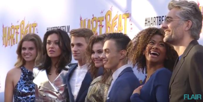 Video: rode loper-verslag van filmpremière Hart Beat!
