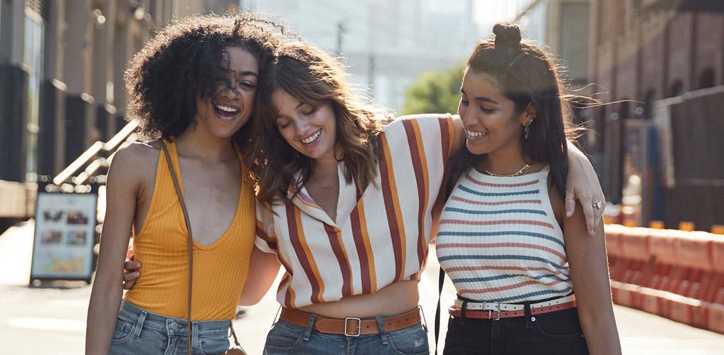 Nieuwe vrienden maken lukt je als je deze 3 misvattingen vergeet
