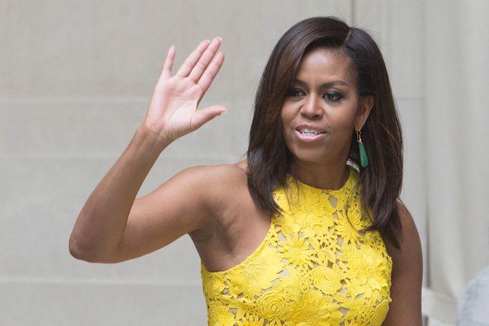 Nieuw 'nonchalant' afrokapsel van Michelle Obama is hit op social media