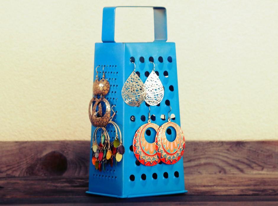 DIY: handige, customized oorbellenhouder