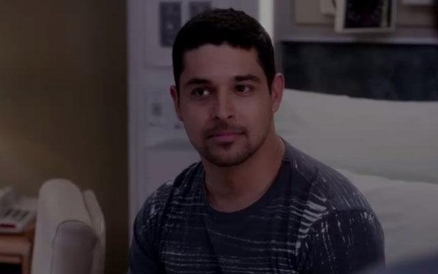 Wilmer Valderrama is knapste patiënt ooit in 'Grey's Anatomy'