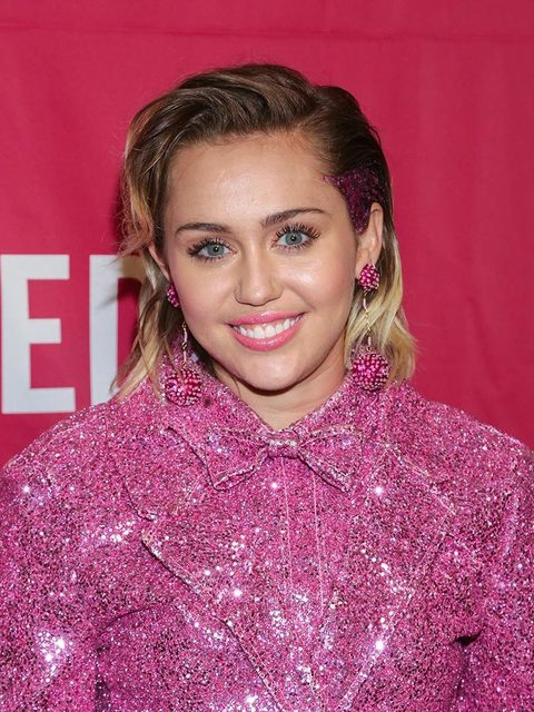 480x640-m-gallery-29916-miley-cyrus-eyebrow-brow-google-trend-searches-brow-game-strong-getty-gallery-06-jpg