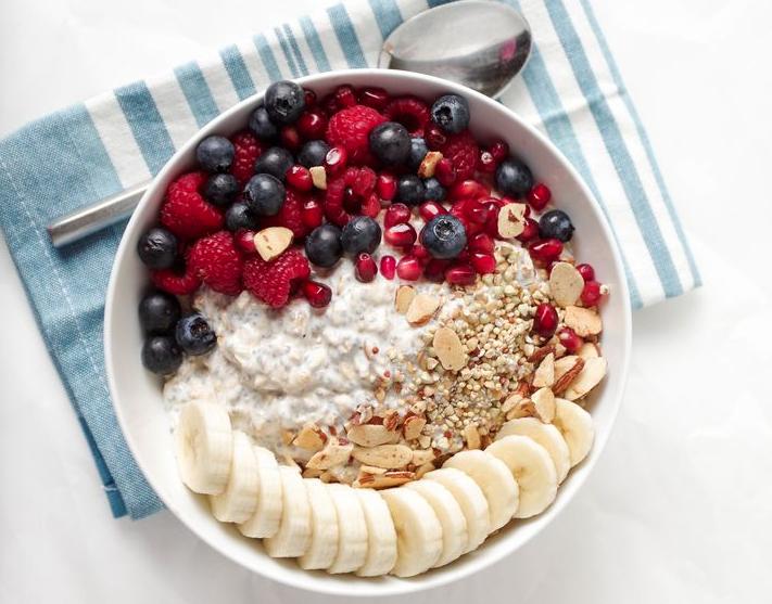 YUM: 5x yoghurt ontbijtjes met een twist