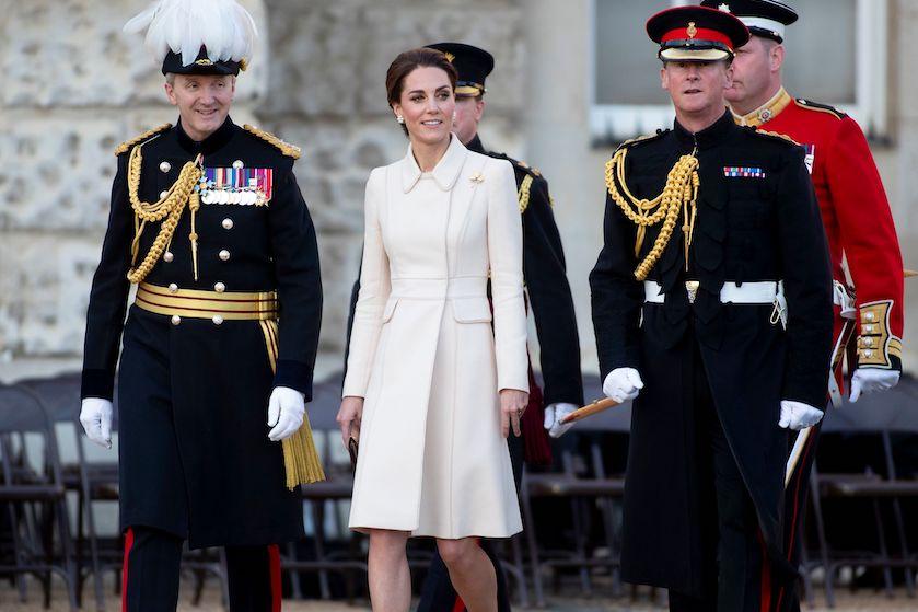 Kate Middleton moet zich aan déze vreemde kledingregel houden