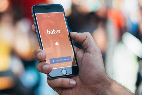YES! De nieuwste datingapp focust zich op alle dingen die je haat