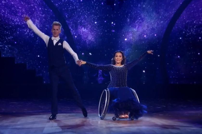 Bibian Mentel geschokt door haatreacties na behalen finale 'Dancing with the Stars'