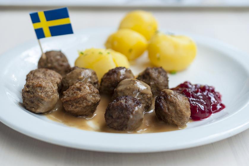 Dol op Zweedse gehaktballen? IKEA bezorgt ze vanaf nu ook thuis