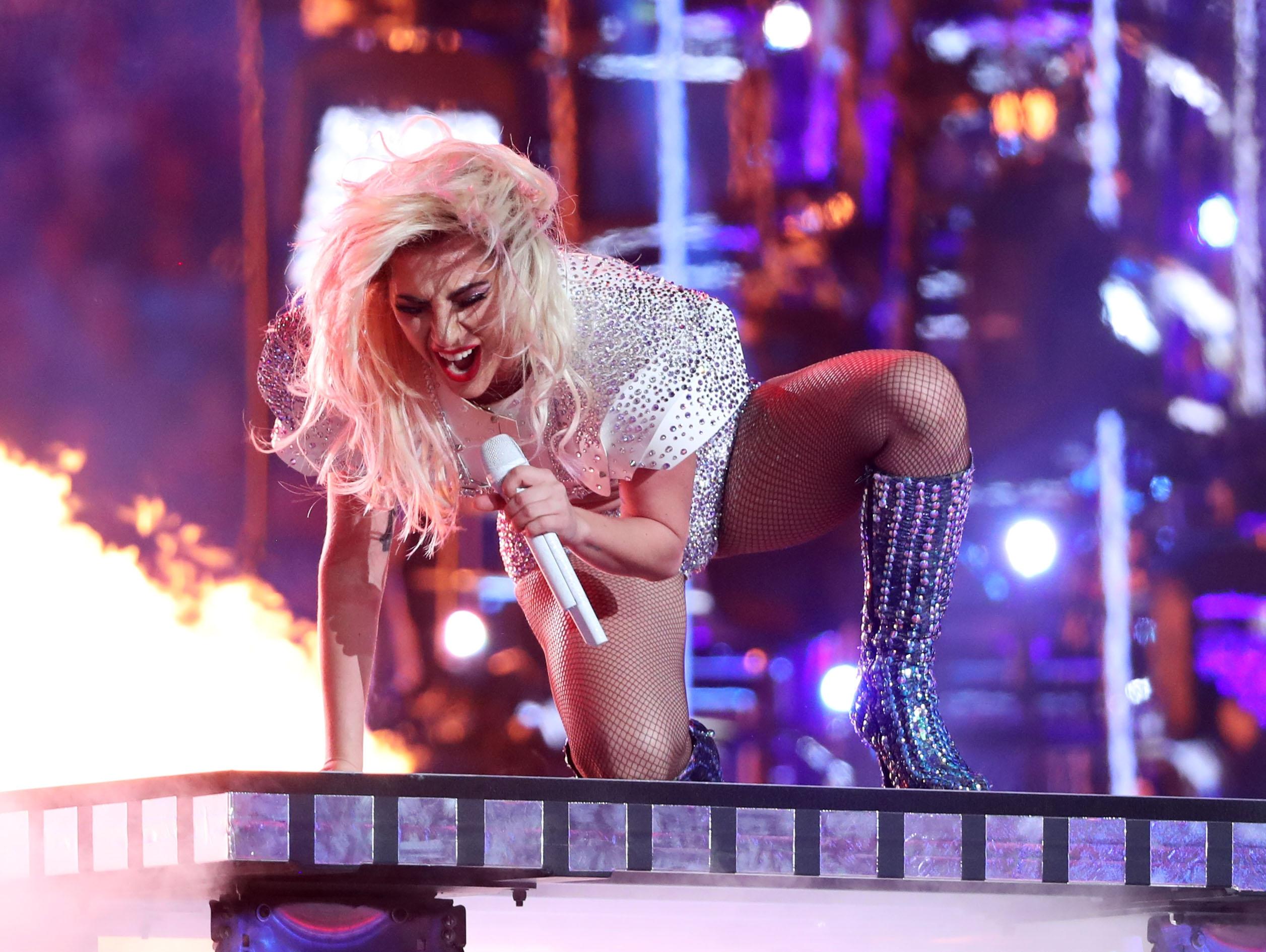 Lady Gaga maakt korte metten met bodyshamers