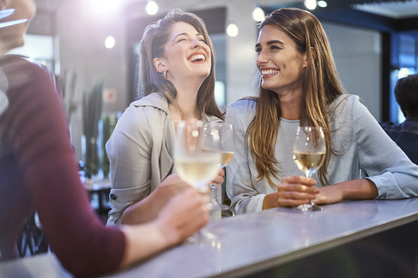 Moeite jezelf verstaanbaar te maken in een andere taal? Neem een wijntje!