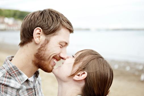 6 struggles die je zeker herkent als je een man met een baard date