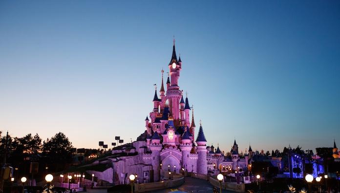 Disneyland zegt sorry tegen jongetje dat geen prinses mocht zijn