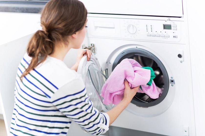 Zo maak je je wasmachine schoon in maar vijf stappen