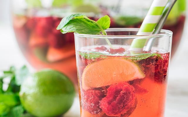 Recept: zomerse prosseco-frambozenpunch