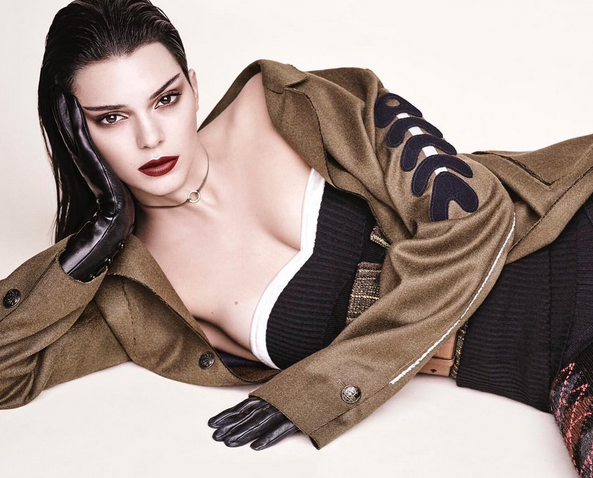 Throwback: Kendall Jenner's catwalk debuut uit 2011!