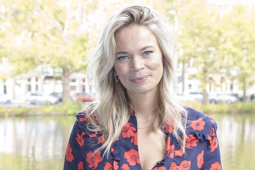 Jet van Nieuwkerk eerlijk over onzekerheid na geboorte zoon: 'Soms denk ik: houd ik het vol?'