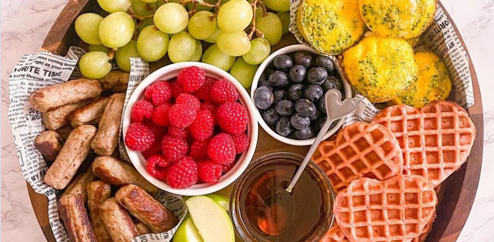 Croissants deluxe: de ontbijtplank is de nieuwe borrelplank