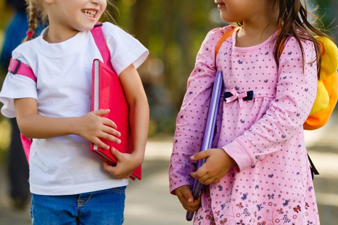 Zo help je je kind door de eerste schooldagen heen