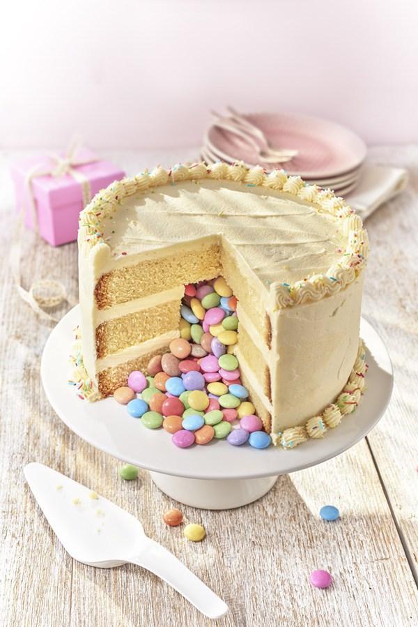 Pinata-cake_portrait