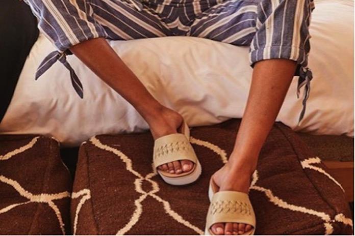 3 redenen waarom je deze zomer op UGGs wil lopen