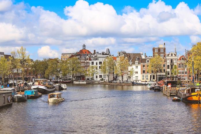 Amsterdam wil grootste openluchtcafé ter wereld worden
