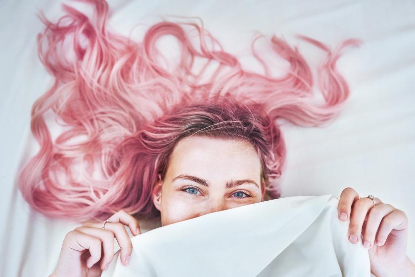 Déze gewaagde haarkleur is de trend voor het voorjaar