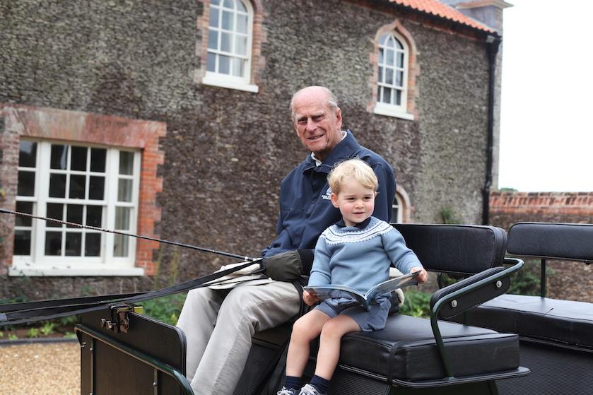 Prachtig: Britse royals vieren verjaardag prins George met eerbetoon aan overleden Philip