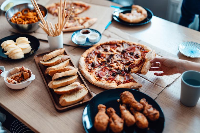 Chips, chocola of toch pizza? Dit zeggen je cravings over je gezondheid