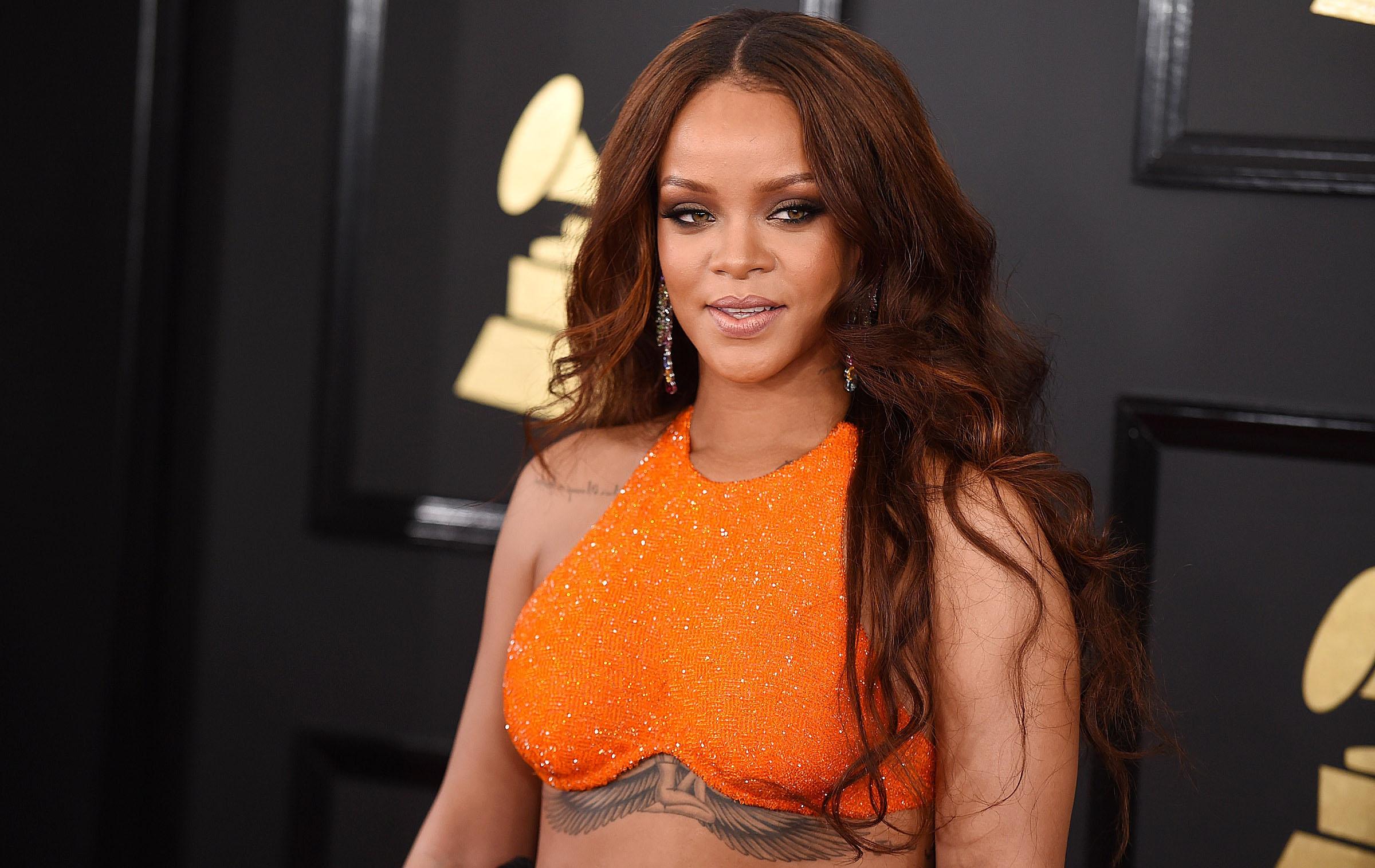 HOERA! Rihanna viert verjaardag met groot nieuws voor fans