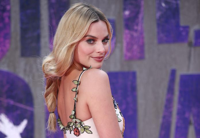 Hoera! Margot Robbie is dit weekend stiekem in het huwelijksbootje gestapt