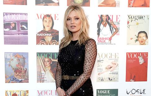 Wauw: Kate Moss siert cover van Vogue met haar mini-me