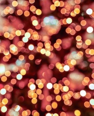Zo hang je lichtjes in de kerstboom