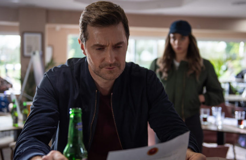 Bijna nét zo spannend als de serie zelf: komt er tweede seizoen van Netflix' 'The Stranger'?