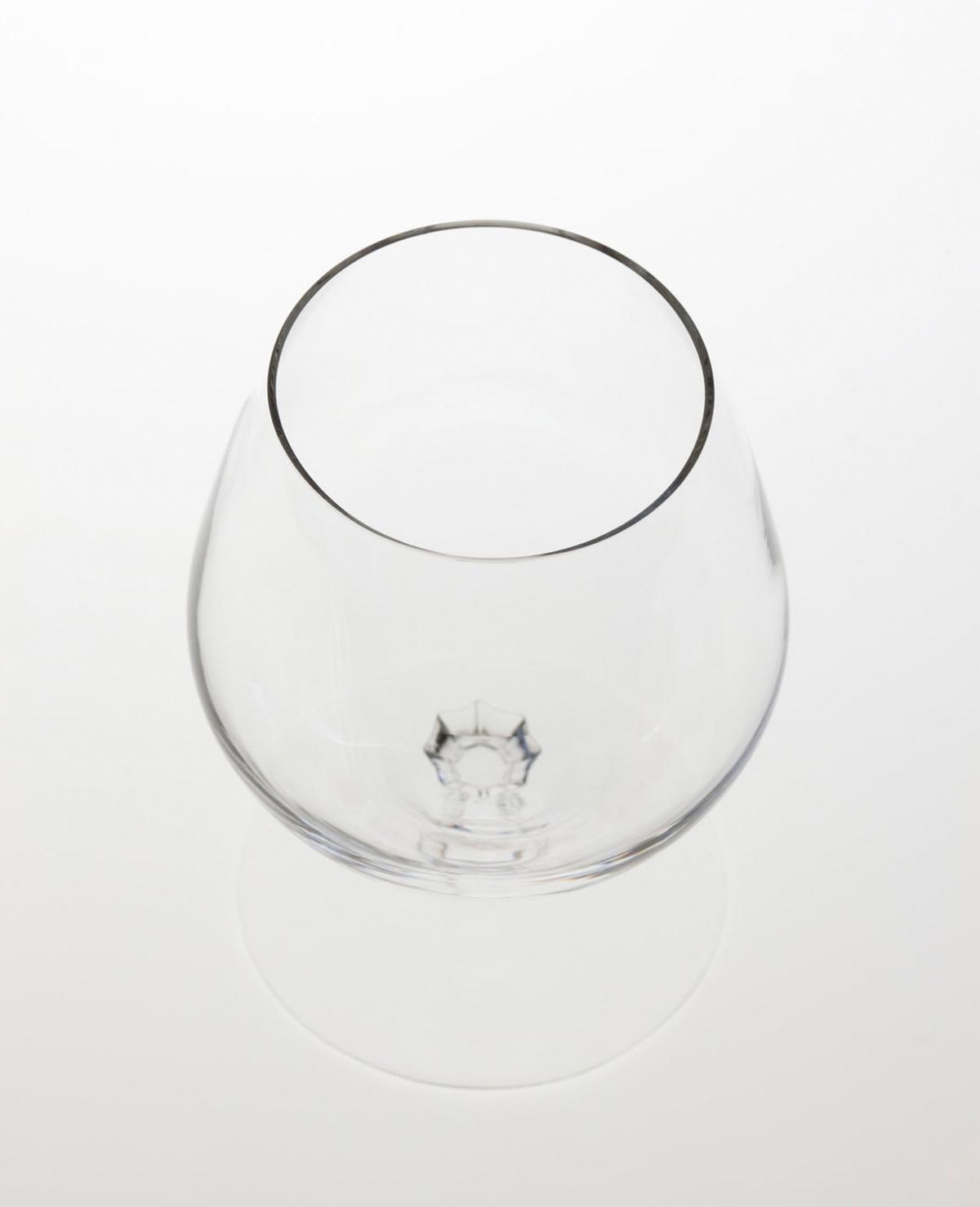 Zo schenk je het perfecte glas wijn