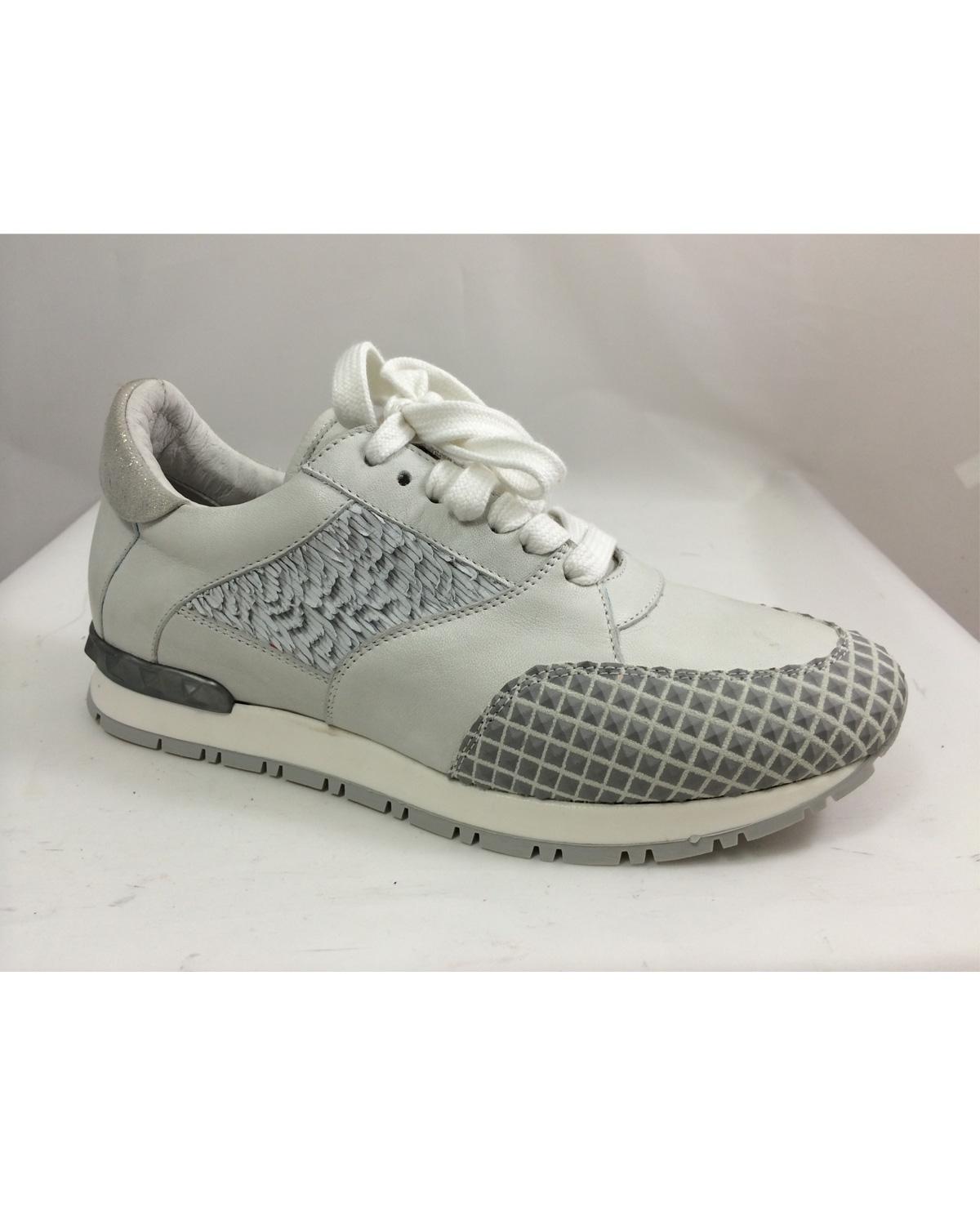 Win een paar schoenen van HIP Shoe style