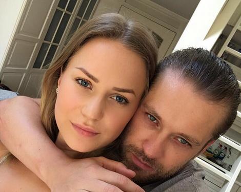 Wow: Ferri Somogyi in spannende fotoshoot met zijn vriendin!
