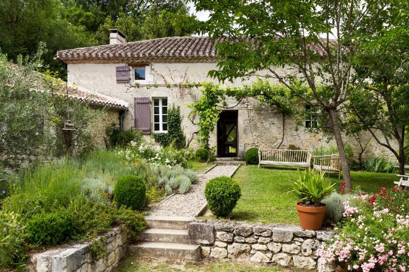 Moniek en Bram kochten een 'maison en pierre' in Frankrijk: 'We voelden ons echte schatzoekers'