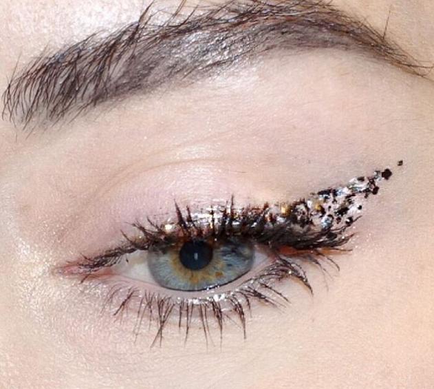Een trend om vrolijk van te worden: Confetti eyeliner