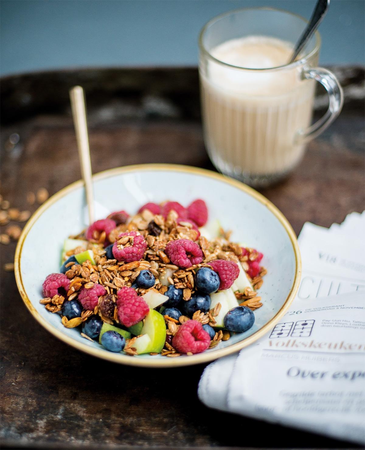 Recept Mieke: Crunchy fruitsalade met granola