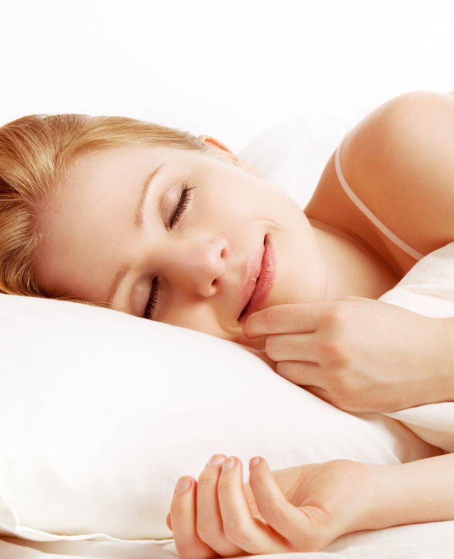 Is samen slapen beter voor je relatie?