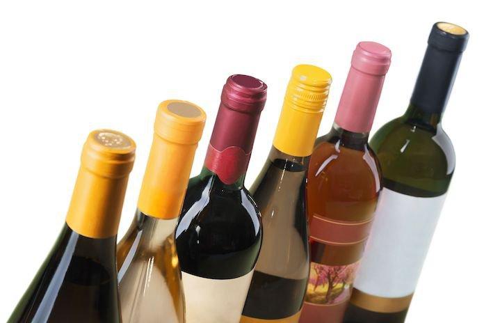Zo lang kan je een geopende fles wijn bewaren