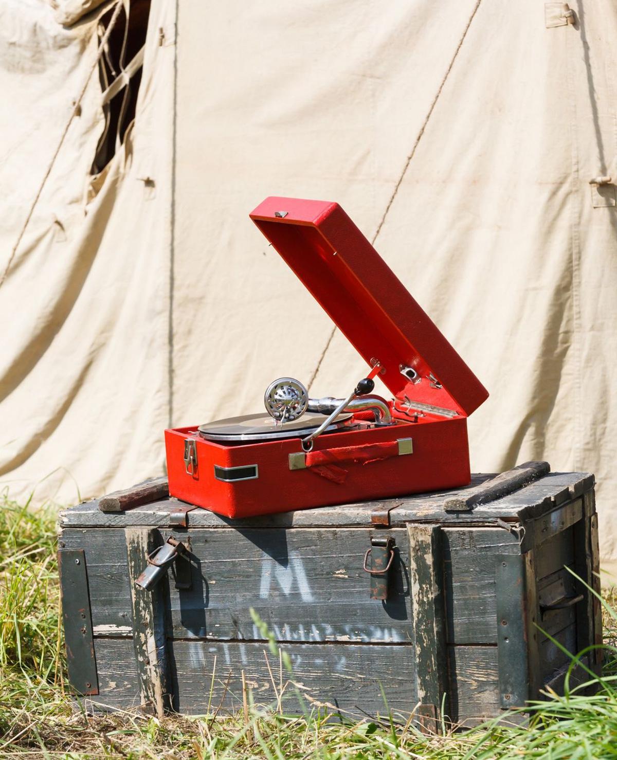 Zo maak je een luidspreker voor op de camping!